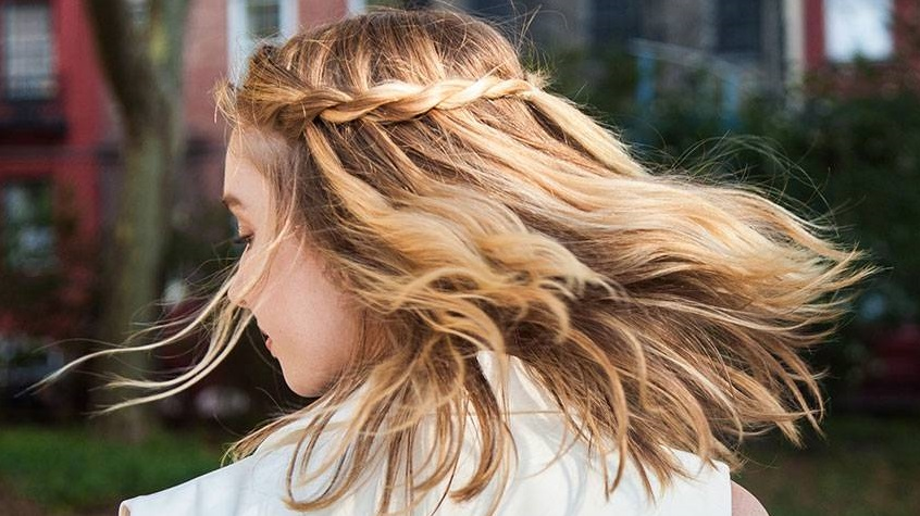 Super Easy Hairstyle To Restaurants3